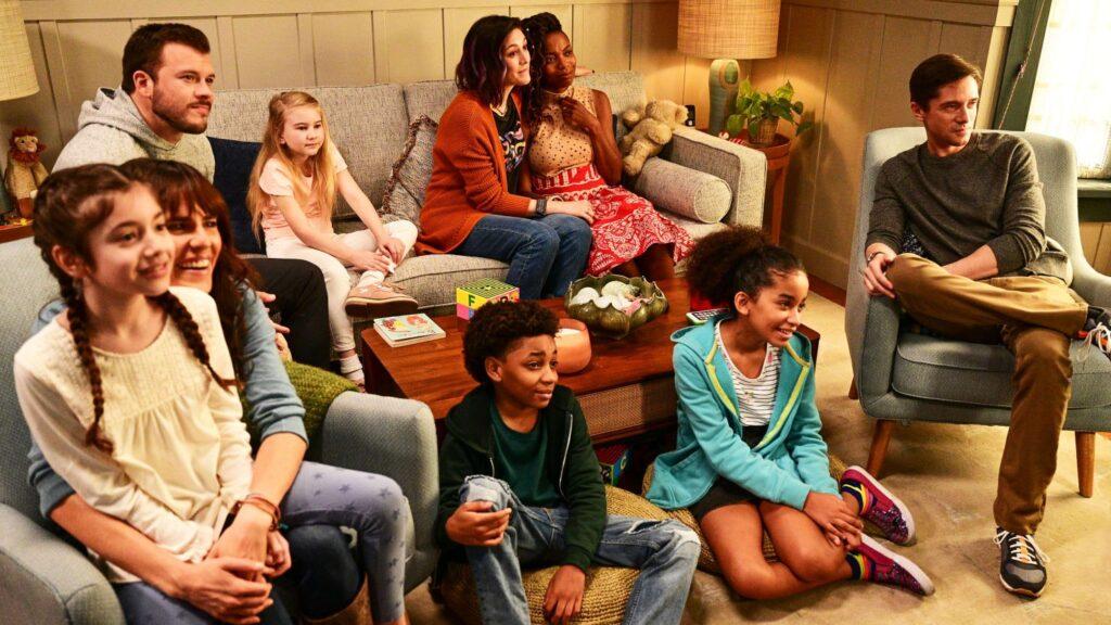 'Home Economics' Might Be ABC's Next Great Family Sitcom