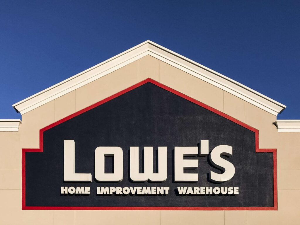 Is Lowe's A Better Pick Over Home Depot Stock?